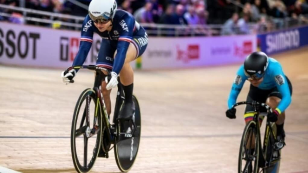 Track Worlds Mathilde Gros eliminated in 8th in the sprint