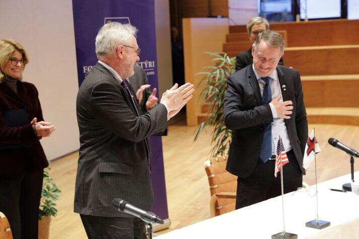 Representatives of the US government and the Faroese government did well. US Embassy in Denmark